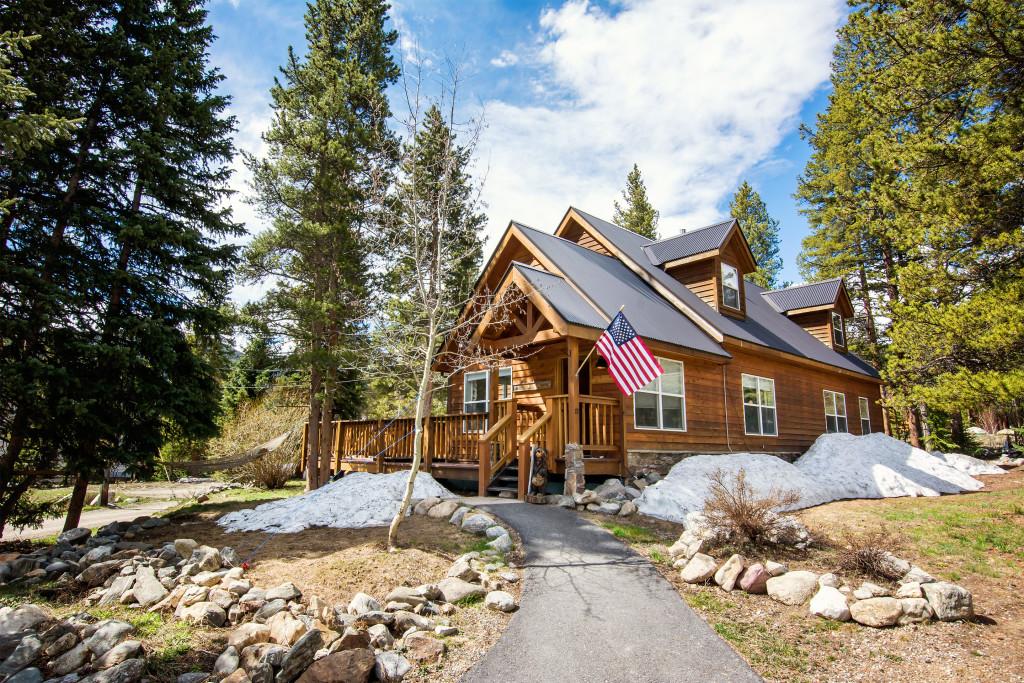 Holly's Breckenridge Family Ski Cabin, Colorado